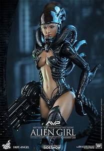 Alien VS Predator Alien Girl Sixth Scale Figure by Hot