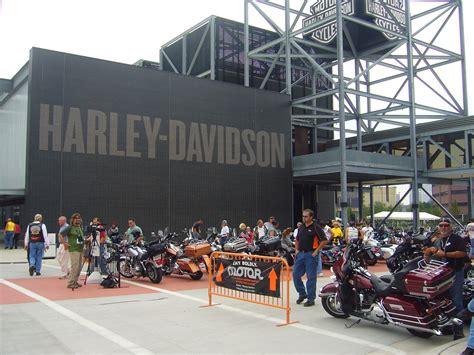 Wisconsin Harley Davidson by Fashi0nm0t0 Harley Davidson Museum