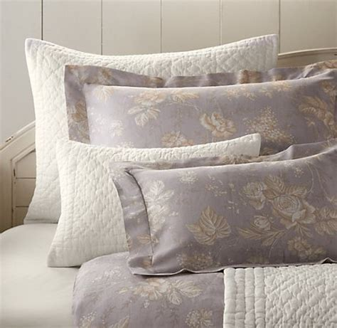 shabby chic bedding purple 75 best images about lavender shabby chic french cottage on pinterest 5 light chandelier
