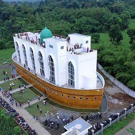 singgah  masjid  safinatun najah masjid kapal nabi