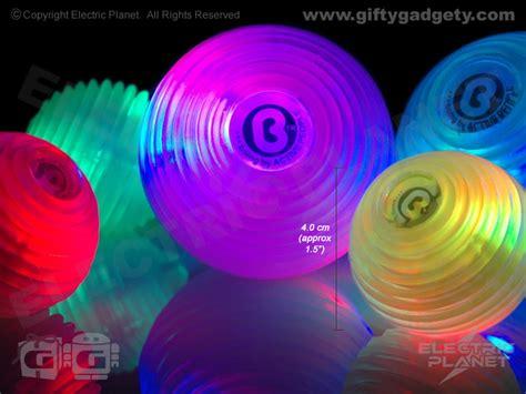 large light up balls boing magic light ball small giftygadgety com