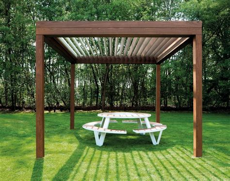 houten lamellen pergola houten terrasoverkapping met lamellendak livinshades by
