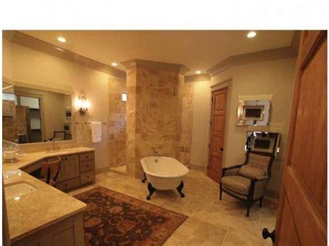 great tub   walk  shower
