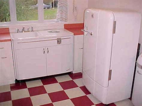 Youngstown Kitchens Electric Sink by Early Youngstown Kitchens Dishwasher Looks To Be