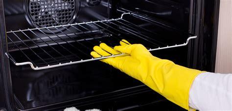 Backofen Reinigen Mit Hausmitteln by Backofen Reinigen Mit Hausmitteln So Kriegen Sie Ihren