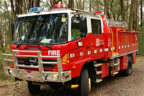 CFA Tanker - ABC News (Australian Broadcasting Corporation)