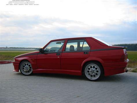 Alfa Romeo 75  Review And Photos