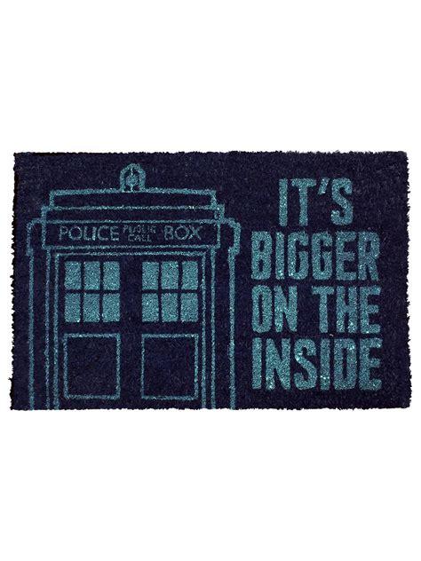dr who doormat doctor who tardis door mat buy at grindstore