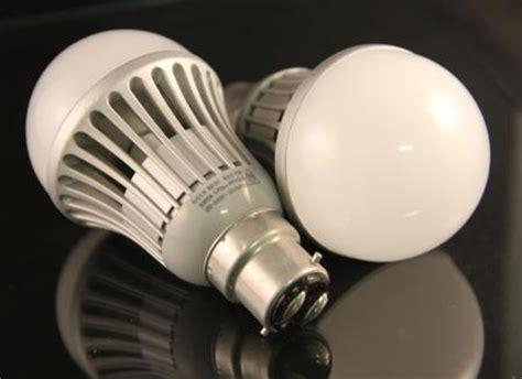 led light bulb 7 watt warm white bayonet type b 22