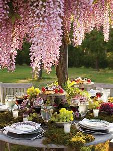 Garden, Table, Setting, Ideas, U2013, A, Touch, Of, Pink, And, Red