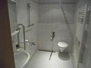 Badezimmer Altersgerecht Umbauen Zuschuss Krankenkasse : badezimmer zuschuss krankenkasse ~ Fotosdekora.club Haus und Dekorationen