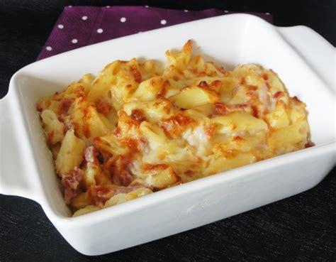 gratin de p 226 tes aux 3 fromages aux fourneaux