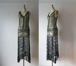 vintage 1920s dress / 20s beaded flapper dress