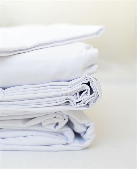 tips for buying bed sheets a giveaway room for tuesday