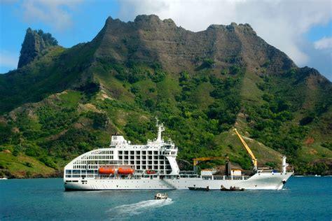 How To Island Hop Your Way Around French Polynesia