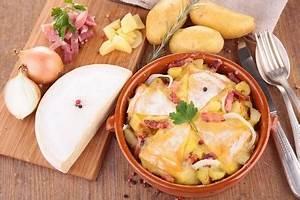 Recette Tartiflette Traditionnelle : tartiflette traditionnelle une recette de plat facile ~ Melissatoandfro.com Idées de Décoration