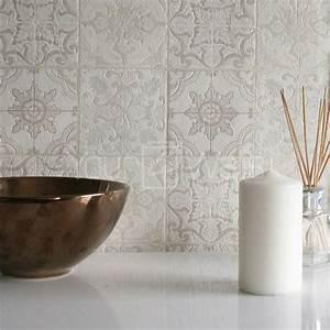 Tapete Auf Fliesen : die besten 25 marokkanische tapete ideen auf pinterest ~ Michelbontemps.com Haus und Dekorationen