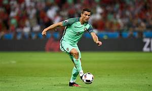 Images Of Football Player Ronaldo Best Football Players ...