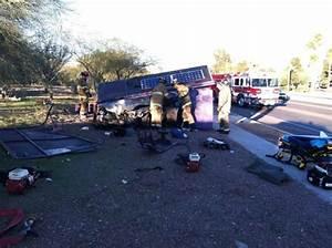 Teen crashes Lexus into NW Tucson bus stop Thursday ...