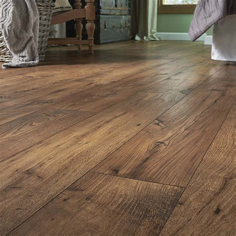Affordable And Durable Models Of Lowes Laminate Flooring