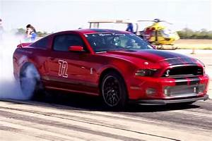 Video: How a 1,000+ HP Mustang GT500 Ran 217 MPH at the Texas Mile - StangTV