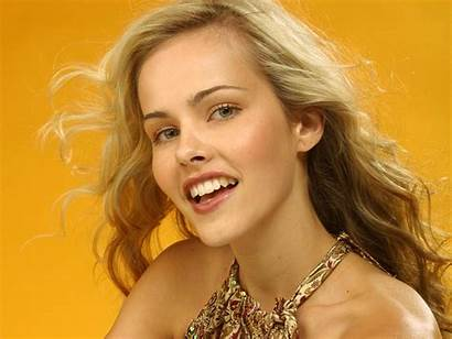 Isabel Lucas Actress Daybreakers Wallpapers Resolutions Normal