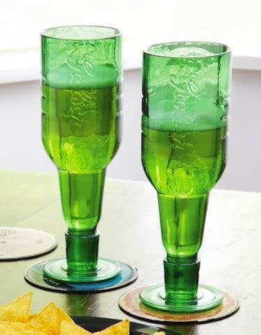 riciclare bicchieri di plastica riciclare recipienti in vetro riciclo creativo vetro