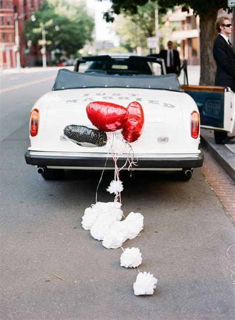 unique way to decorate just married car ideas weddceremony