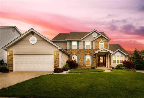 big house   suburbs   house   prairie