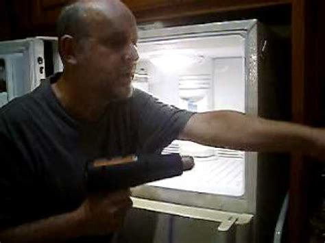 fridge fan noise how to fix a noisy ge refrigerator freezer fan