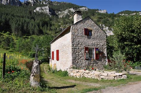 chambre d hotes laguiole chambre d hote aubrac laguiole bed and breakfasts and