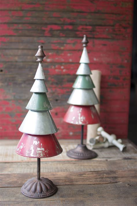 set   galvanized red green metal trees