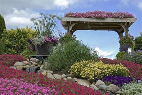 Verwunschener Garten Gestalten by Verwunschene Garten Anlegen Gartengestaltung Gestalten
