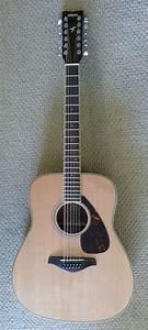 Twelve-string guitar - Wikipedia