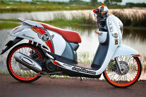 Modif Motor Scopy 2017 by Modif Motor Scoopy Warna Hitam Putih Automotivegarage Org