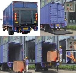 hydraulic tail lift suppliers manufacturers traders  india