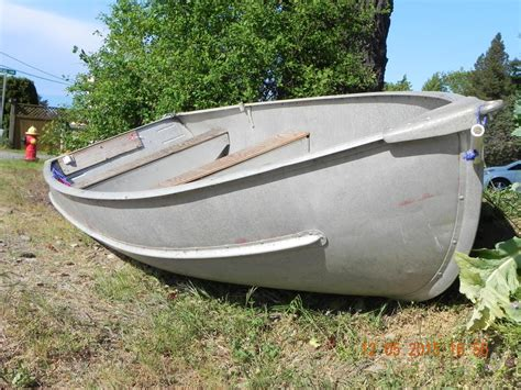 12 Foot Aluminum Jon Boats For Sale by 12 Foot Aluminum Boat For Sale Lantzville Nanaimo Mobile