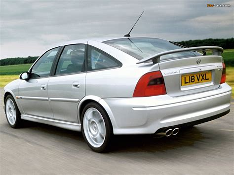 Images of Vauxhall Vectra GSi Hatchback (B) 1998–99 (1024x768)