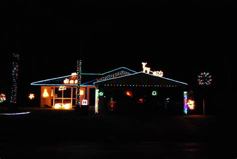 christmas lights in redlands where to see lights in the redlands redland city bulletin