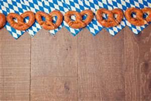 Oktoberfest Blau Weiß Muster Brezel : oktoberfest hintergrund bayerisches flaggen muster vektor abbildung bild 43610175 ~ Watch28wear.com Haus und Dekorationen