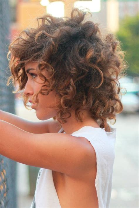 25 Best Ideas About Short Curly Hairstyles On Pinterest