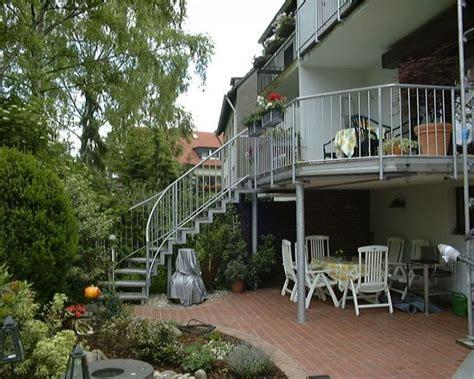balkon mit treppe heim gmbh balkone