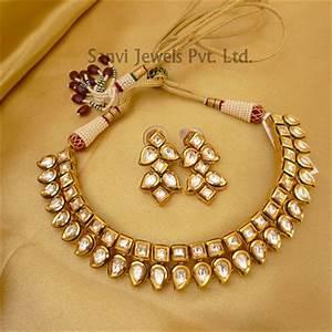 Set Online Shop : buy paisley neckline kundan set online ~ Orissabook.com Haus und Dekorationen