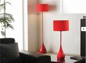 Lampadaire Salon Pas Cher : bonnes affaires d co pourquoi pas un lampadaire en m tal rouge pas cher pour apporter un plus ~ Teatrodelosmanantiales.com Idées de Décoration