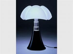 Lampe Italienne Pipistrello : d c s de l 39 architecte designer italienne gae aulenti ~ Farleysfitness.com Idées de Décoration
