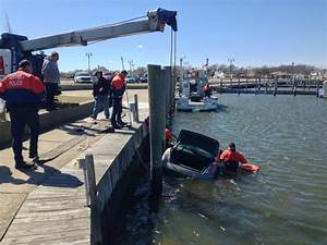 Cop, citizen save woman, 97, who drove into water in L.I ...