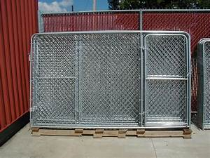 Dog kennels by discount fence for Discount dog kennels
