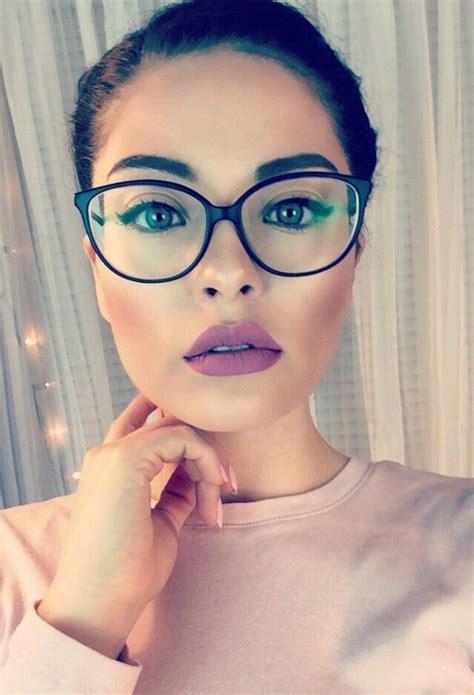 makeup tips    super hot  wearing glasses fashionsycom
