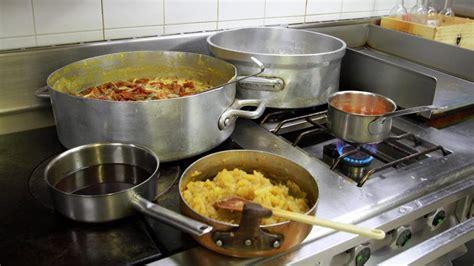 les bases de la cuisine allier un atelier pour apprendre les bases de la cuisine