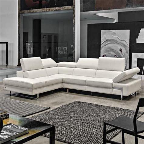 canape 4 places soldes le canapé poltronesofa meuble moderne et confortable